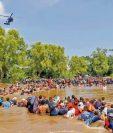 Vista de una de las caravanas de migrantes que el pasado 1 de marzo cruzó el río Suchiate. Miles de hondureños buscan llegar a EE. UU. en busca de refugio. (Foto Prensa Libre. Hemeroteca PL)