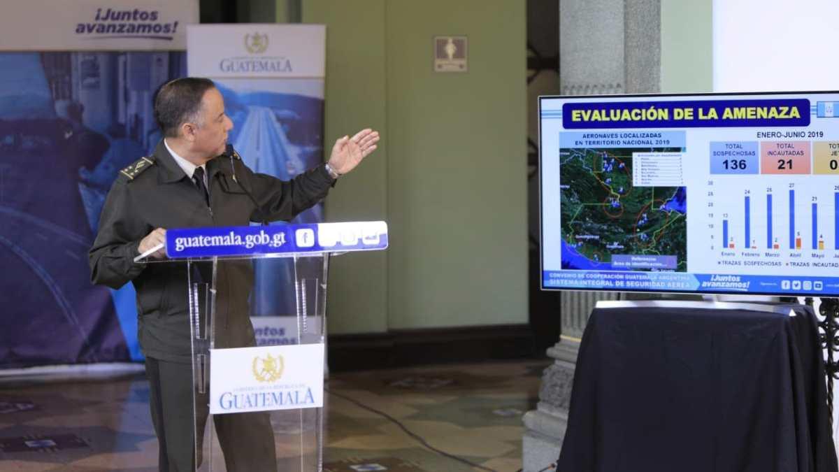 """""""No es una compra, sino una adquisición"""", las respuestas del ministro de Defensa que dejaron más dudas sobre la compra de los Pampa III"""