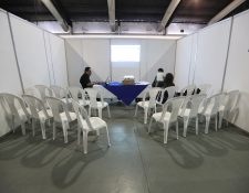 Los fiscales de partidos políticos suspendieron la revisión de actas que se llevaba a cabo en el Parque de la Industria. (Foto Prensa Libre: Hemeroteca PL)