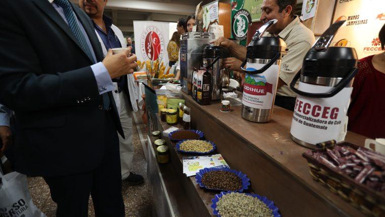 El café es el principal producto que Guatemala despachó a Corea del Sur en 2018 y según Camcor es uno de los bienes posiblemente afectados por el TLC. (Foto Prensa Libre: Hemeroteca)
