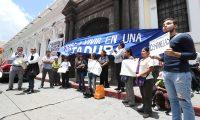 Estudiantes de la Universidad de San Carlos tomaron las instalaciones del Musac, junto con organizaciones civiles. (Foto Prensa Libre: Esbin García)