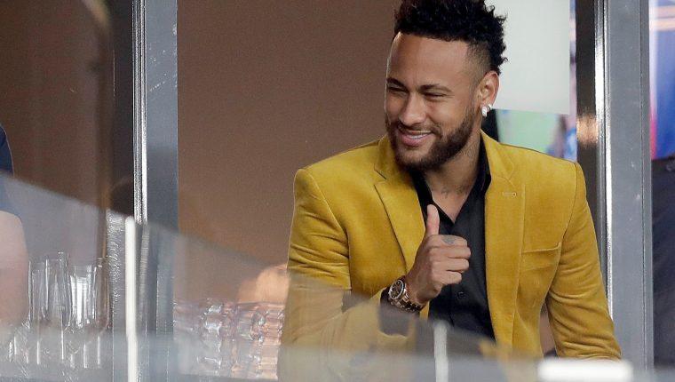 El jugador de Brasil Neymar podría tener otro destino en los siguientes días. (Foto Prensa Libre: EFE)