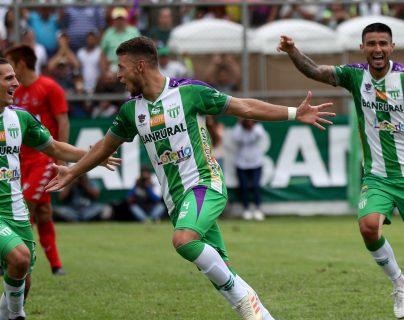 El colombiano Juan Osorio es una de las cartas fuertes de Antigua GFC. (Foto Prensa Libre: Hemeroteca PL)