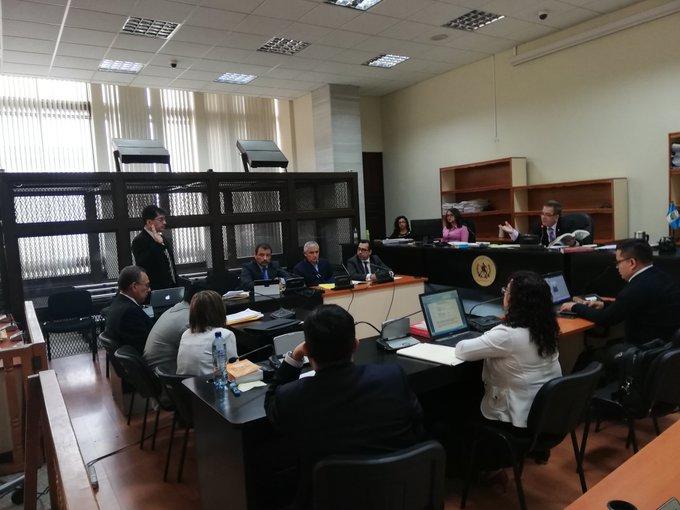 Pérez Molina deberá regresar al Mariscal Zavala porque no logró arresto domiciliario