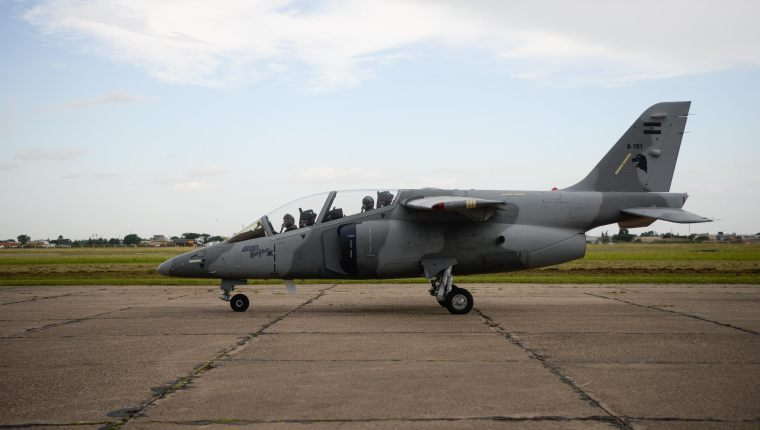 Ministerio de Defensa: compra de aviones Pampa III sigue en análisis