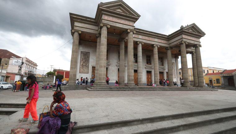 El Teatro Municipal de Quetzaltenango cumple en julio 124 años de estar al servicio de los quetzaltecos. (Foto Prensa Libre: Mynor Toc)
