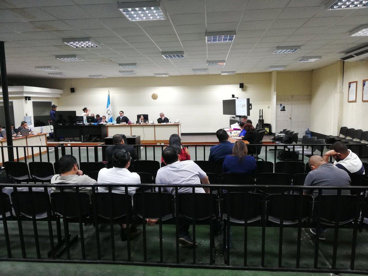 MP pide condena de 8 y 11 años para hijo y hermano del presidente Jimmy Morales