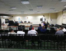Tribunal donde se lleva  acabo el juicio contra el hijo y hermano del presidente Jimmy Morales. (Foto Prensa Libre: Kenneth Monzón).