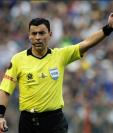 Rodrigo Tobar es el árbitro de la final de la Copa América 2019. (Foto Prensa Libre: AFP)
