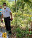 Socorristas rescatan el cadáver de la niña Rosa Larios Saquic Lares, hallado en junio último en Joyabaj, Quiché. (Foto HemerotecaPL)