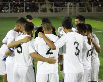 El equipo nacional se alista para recibir a Costa Rica, rumbo al preolímpico. Tokio 2020 está en la mira. (Foto Prensa Libre: Fedefut)