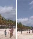 Lionel Messi junto a su hijo Mateo jugaron contra tres niños en una playa de Antigua y Barbuda. (Foto Prensa Libre: Redes)