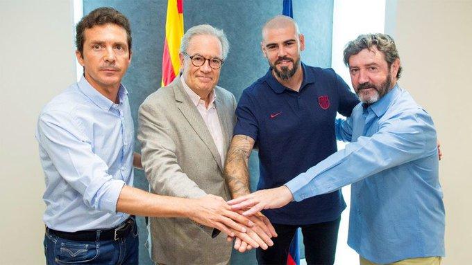 El exportero del Barcelona tomará un nuevo rol en la institucipon culé (Foto Prensa Libre: Twitter Barcelona)