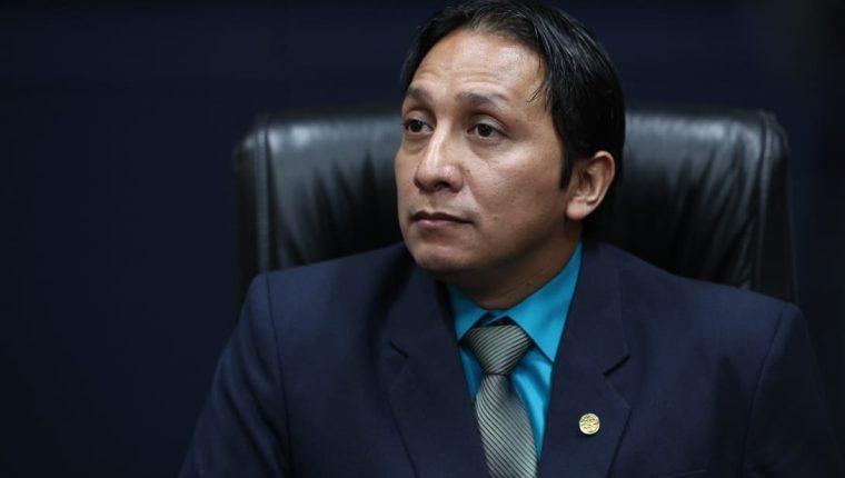 Benjamín Rosales es el nuevo jefe de Informática del TSE. (Foto Prensa Libre: Carlos Hernández)