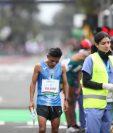 A pesar de los malos resultados el dato positivo lo puso Williams Julajuj al bajar su tiempo en maratón. (Foto Prensa Libre: Carlos Vicente)