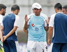 Amarini Villatoro, técnico de la Selección de Guatemala. (Foto Prensa Libre: Hemeroteca PL)
