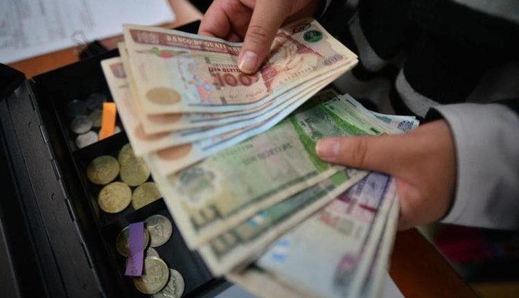 La ONU estableció un nuevo modelo para medir el valor de la producción cada año y tomar en cuenta el aporte que genera la economía informal en los países. Para este año se proyecta que le PIB sea de Q273 mil 060.3 millones. (Foto Prensa Libre: Hemeroteca)