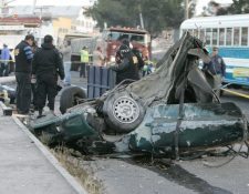 Algunos vehículos se parten en accidentes debido a que son mal reconstruidos, según expertos.(Foto Prensa Libre: Hemeroteca PL)