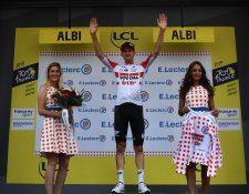 El belga Tim Wellens se subió al podio más alto en el Tour. (Foto Prensa Libre: AFP)