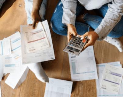 Para consolidar deudas, expertos recomiendan hacer un análisis profundo. (Foto Prensa Libre: Servicios)