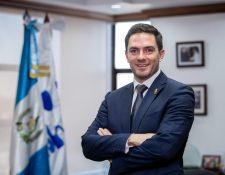 Las elecciones para la segunda vuelta presidencial más la elección de las autoridades del sector justicia, son retos para el nuevo presidente de la Cámara de Industria de Guatemala, Eduardo Girón. (Foto Prensa Libre: Juan Diego González)