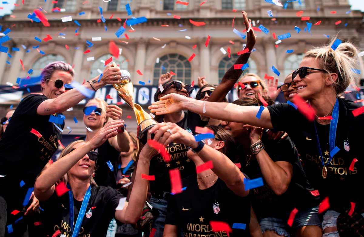 Mundial Femenino: Nueva York celebra a campeonas del mundo con confeti y gritos por mayores salarios