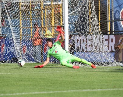 El portero Ábner Úbeda está en recuperación del hombro izquierdo. (Foto Prensa Libre: Francisco Sánchez)