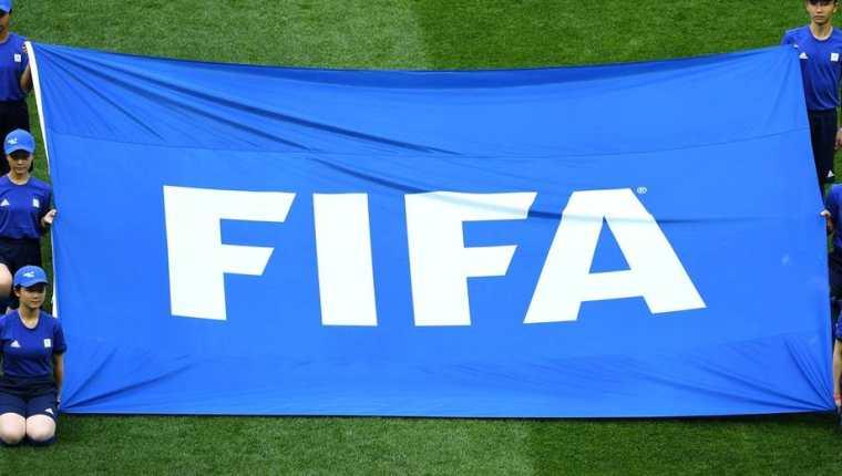 Fifa suspendió de por vida al expresidente de la Federación de Futbol de Botswana. (Foto Redes).