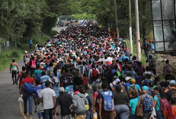 Estados Unidos y Honduras firman más acuerdos para frenar la migración irregular
