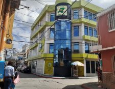 Huehuetenango es uno de los lugares donde se han instalado más cooperativas de ahorro y crédito, según Inacop, para atender a clientes por las transferencias de remesas. (Foto Prensa Libre: Hemeroteca)