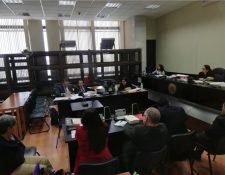 La audiencia de primera declaración se realizó en reserva debido a que la víctima tenía 15 años. (Foto Prensa Libre: Kenneth Monzón)