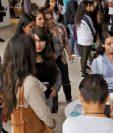 Miles de jóvenes buscan una oportunidad laboral, según el sector de empresarios el trabajo de tiempo parcial es una opción. (Foto, Prensa Libre: Hemeroteca PL).