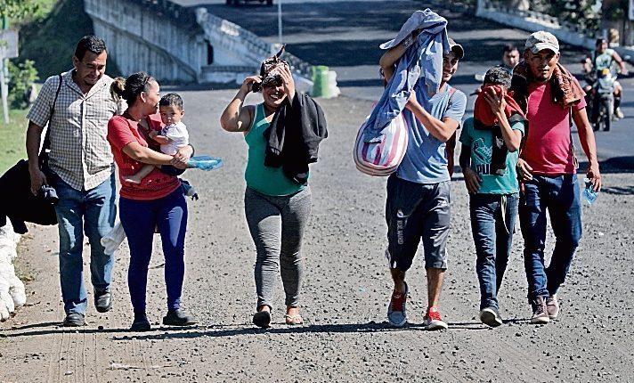Miles de migrantes pasan por Guatemala en busca de llegar a Estados Unidos. (Foto Prensa Libre: Hemeroteca PL)
