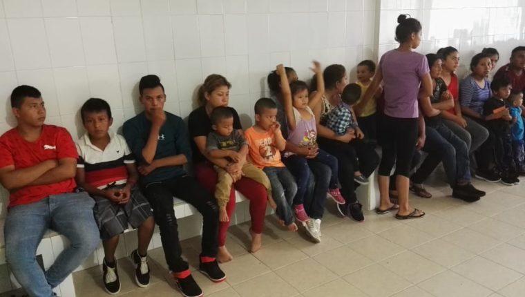 Un grupo de migrantes atendidos en  la estación migratoria de México en  Comitán de Domínguez, Chiapas. (Foto: Facebook)