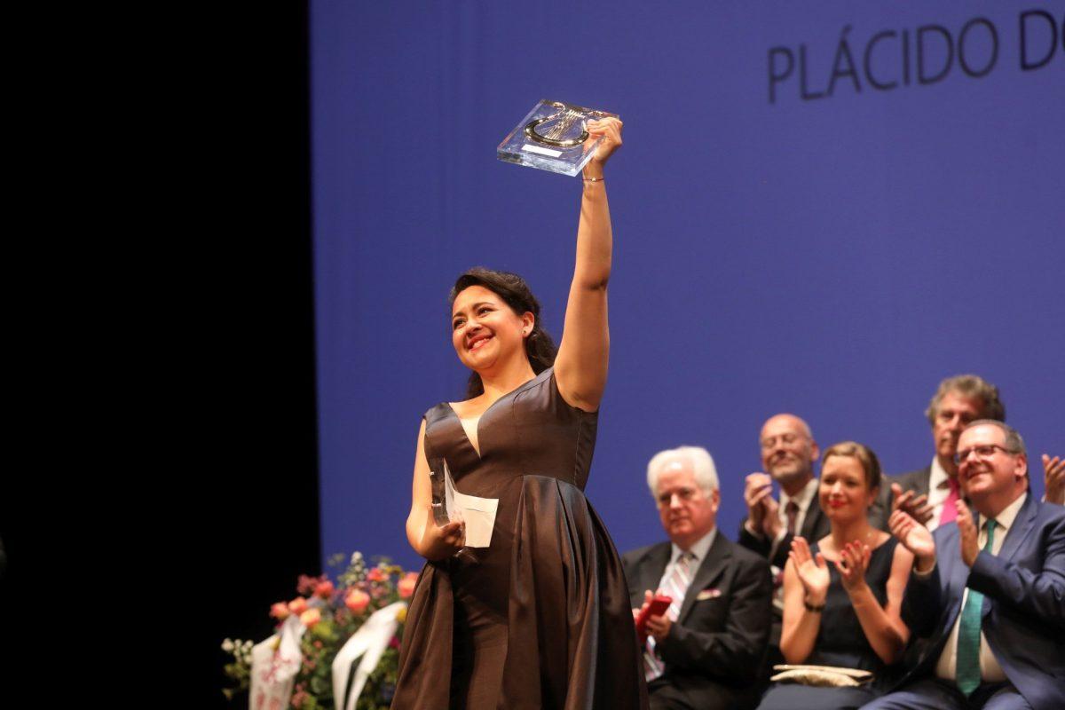 Quién es Adriana González, la segunda guatemalteca que gana el concurso Operalia, creado por Plácido Domingo