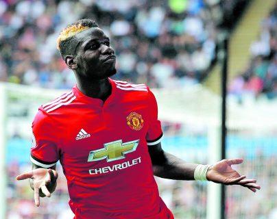 Paul Pogba lidera la convocatoria de jugadores del  Mánchester United para su gira de partidos amistosos internacionales (Foto Prensa Libre: Hemeroteca PL)