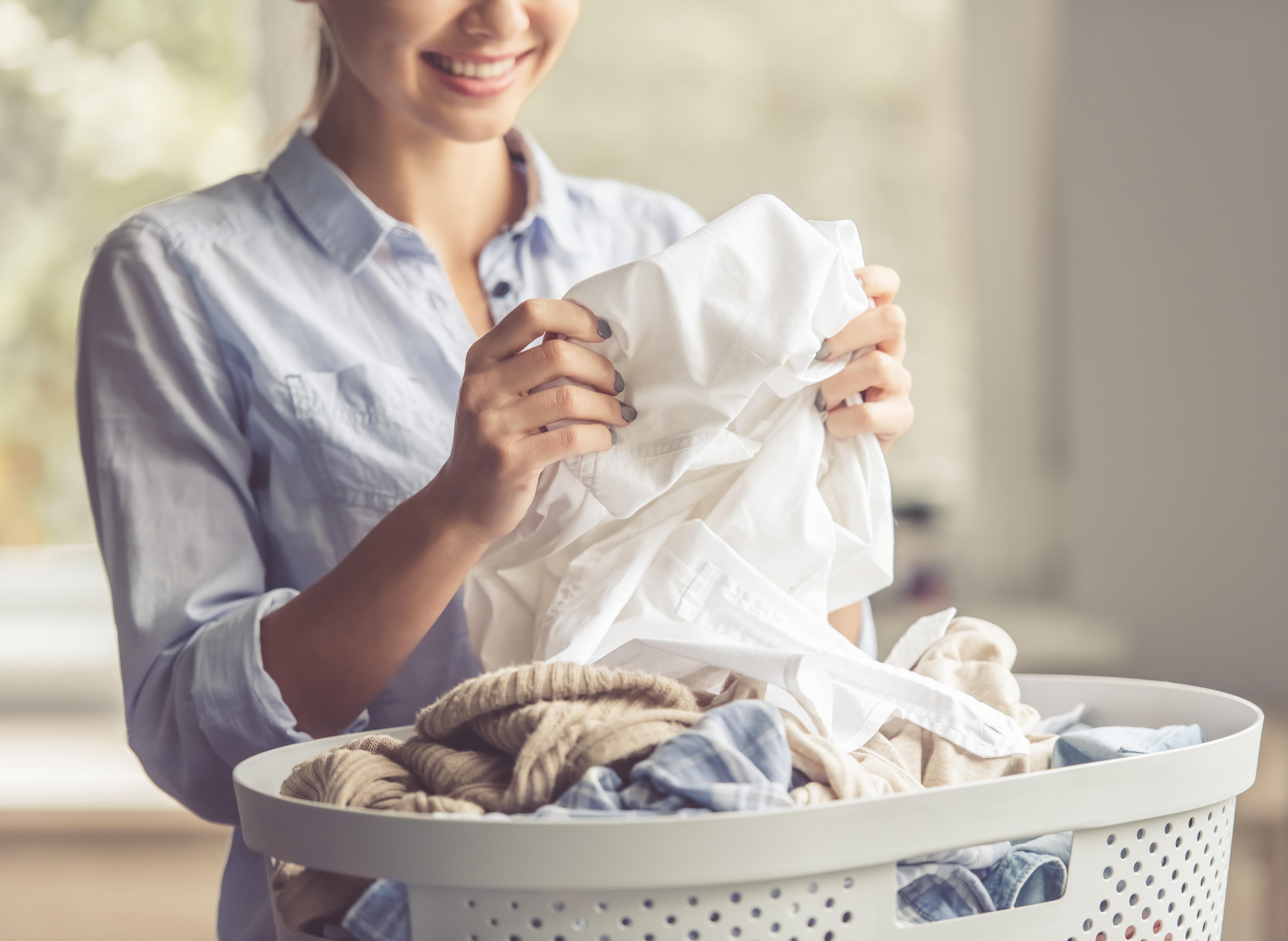 blanquear ropa blanca amarillenta con agua oxigenada