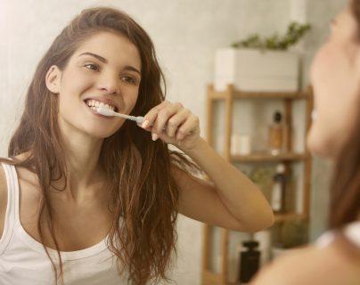 Asistir a una cita con su dentista una vez cada seis meses garantizará el bienestar de su salud bucal. (Foto Prensa Libre: Servicios)