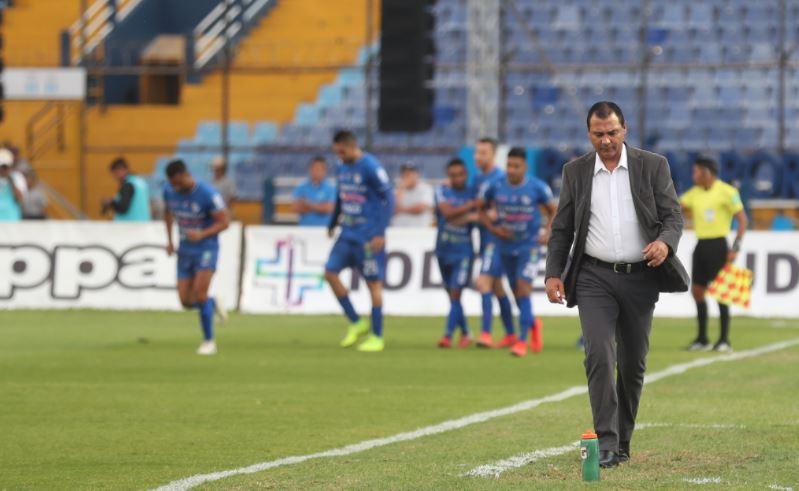 Cremas decepcionan con derrota 0-1 frente a Cobán Imperial