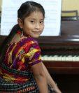 Yahaira Tubac es una talentosa niña y pianista guatemalteca. (Foto Prensa Libre: Esbin García)