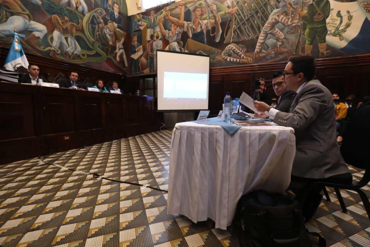 Pesquisidora del ministro Valladares cuestiona argumentos del Ministerio Público