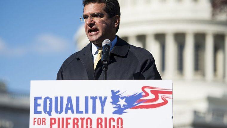 Pedro Pierluisi ha ocupado diferentes cargos de alto nivel en la isla desde la década de 1990.