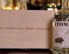 """""""Atomik"""" es el nombre que los científicos le dieron a este vodka """"hecho en Chernóbil""""."""