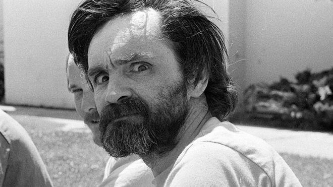 Charles Manson pasó los últimos 46 años de su vida en una cárcel de California, Estados Unidos. GETTY IMAGES