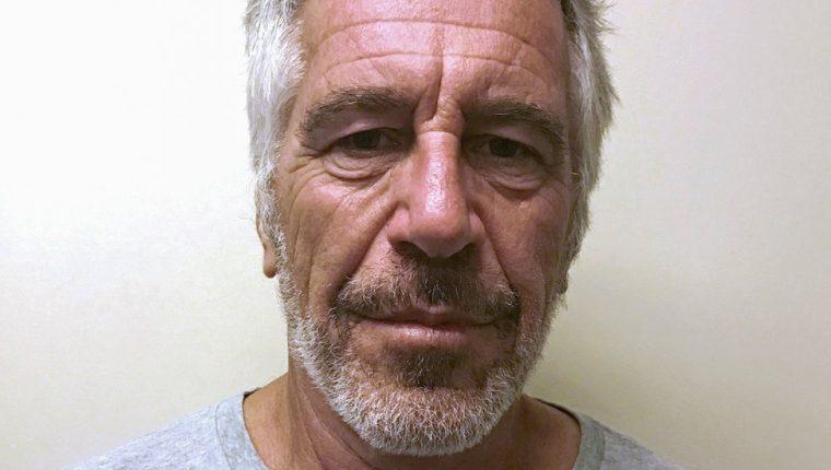 Epstein iba a ser juzgado por tráfico sexual y delitos de conspiración. REUTERS