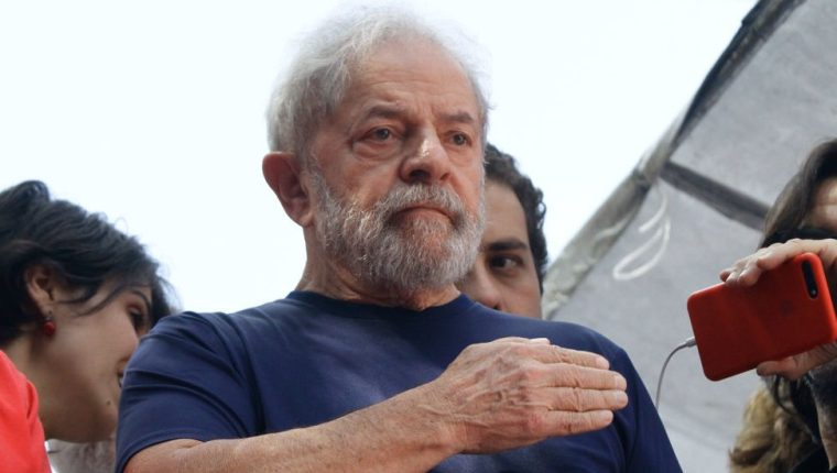 Desde la prisión en Curitiba, Lula da Silva criticó la gestión de Bolsonaro.