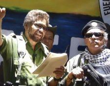 Iván Márquez y Jesús Santrich estaban entre varios viejos miembros de las FARC que anunciaron que regresan a las armas.
