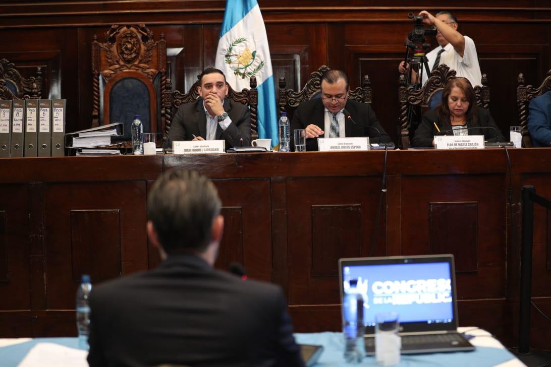 Ministro Acisclo Valladares califica de espurio y político el antejuicio en su contra
