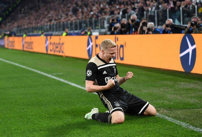 """Van de Beek: """"Hay bastantes probabilidades de que me quede en el Ajax"""""""