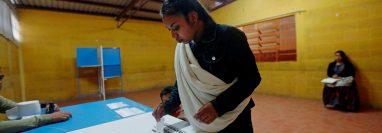 La ley electoral castiga a los partidos que consiguen los votos mínimos en las elecciones. (Foto Prensa Libre: Hemeroteca PL)
